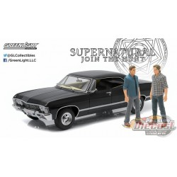 1967 Chevrolet Impala Sport Sedan - Supernatural TV Series with Sam and Dean Figures Greenlight 1/18  19021 Passion Diecast
