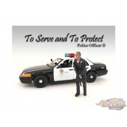 Figure   POLICE OFFICER II AMERICAN DIORAMA 1/18 AD-24012   Passion diecast