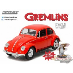 1967 Volkswagen Beetle with Gizmo Figure Gremlins 1984  Greenlight 1/24 18231  Passion Diecast