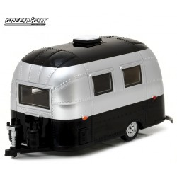 Airstream 16 Bambi Sport - Silver and Black Greenlight 1/24 18226 Passion Diecast