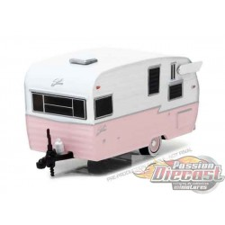 1:64 Shasta 15' Airflyte - rose (Hobby Exclusive)
