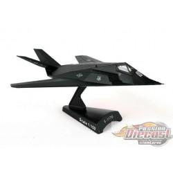 POSTAGE STAMP 1/150 PS5386 USAF F-117 NIGHTHAWK