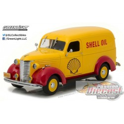 Running on Empty - 1939 Chevrolet Delivery Truck - Shell Oil