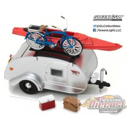Hitch and Tow Series 2 - Tear Drop Trailer Greenlight 1/24 18420-A Passion Diecast