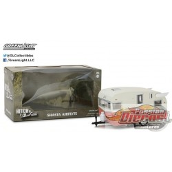 Hitch & Tow Trailers - Shasta Airflyte (Coral)  Greenlight 1/24 18415-B Passion diecast )