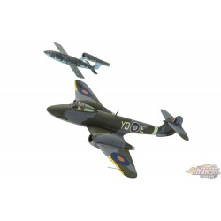 "CORGI 1/72:    AA27403  Gloster Meteor F.Mk 1  RAF ,  w/V-1 "" Flying Bomb Passion Diecast"