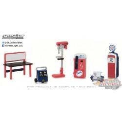 Chevron Shop Tools   (Hobby Exclusive)