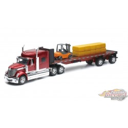 INTERNATIONAL LONE STAR HAULER WITH FORKLIFT AND HAY BALES Newray 1/32  NR-10393  Passion Diecast