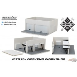 1/64 Mechanic's Corner - Weekend Workshop  BLANC GL-57015 GREENLIGHT PASSION DIECAST