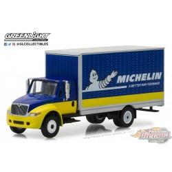 1/64 H.D. Trucks 12 - 2013 Durastar Box Van Michelin Tires GL-33120C GREENLIGHT PASSION DIECAST