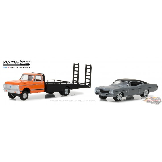 1/64 H.D. Trucks 12 - 1972 Chevy C-30 Ramp Truck w 1968 Chevy Impala SS GL-33120A GREENLIGHT PASSION DIECAST