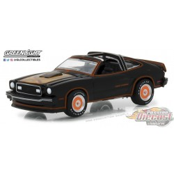 1/64 1978 Ford Mustang II King Cobra - NOIR ET GOLD (Hobby Exclusive) GL-29937 GREENLIGHT PASSION DIECAST
