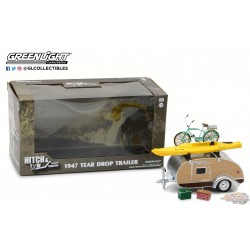 1/24 Teardrop Trailer with Roof Rack, Bicycle, Kayak, Cooler and Picnic Basket GL-18430A GREENLIGHT PASSION DIECAST