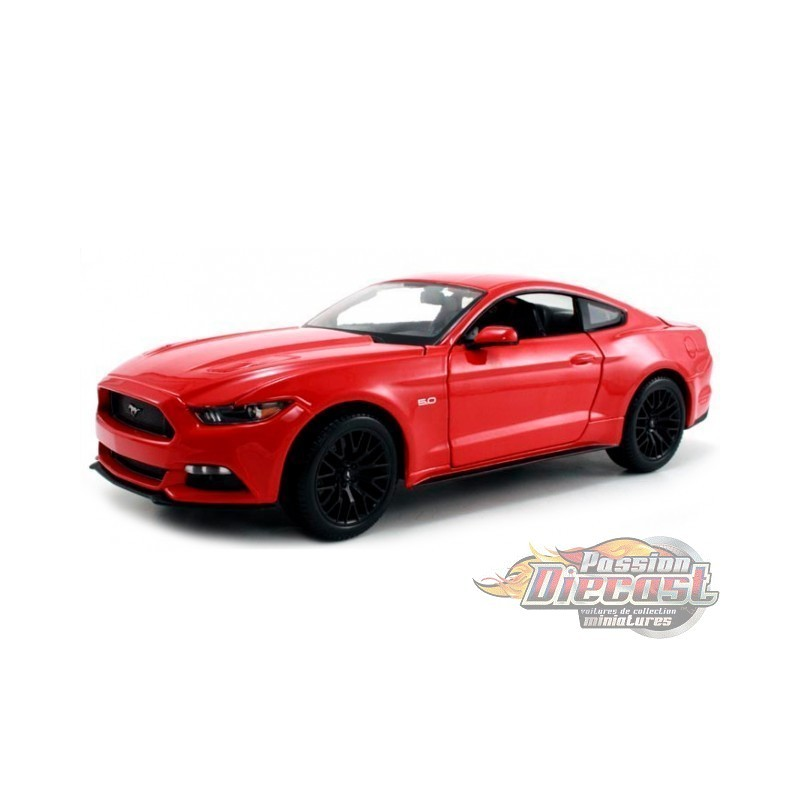 maisto 1 24 2015 ford mustang gt 5 0 mai 31508rd passiondiecast. Black Bedroom Furniture Sets. Home Design Ideas