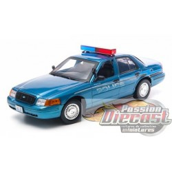 1/18 Twilight Forks,  Ford Crown Victoria GL-12864 greenlight passion diecast