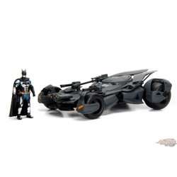 1/24 2017 Justice League Batmobile w/Batman JD-98032 Jada Passion diecast