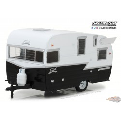 Hitch and Tow Series 4 -Shasta 15 Airflyte -Blanc et Noir