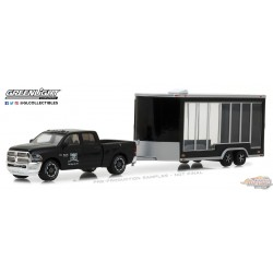 1/64  Hitch and Tow series 13 - 2016 Ram 2500 w Glass Display Trailer - GraveyardCarz GL-32130D greenlight passion diecast