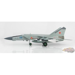Mikoyan-Gurevich MiG-25PDS Foxbat-E  Soviet Air Force HOBBY MASTER  1/72  HA5604  Passion Diecast