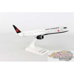 AIR CANADA BOEING  787-9  SKYMARKS 1/200 SKR967  Passion Diecast