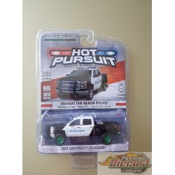 Greenlight 1/64 Hot pursuit series 18 2015 Chevrolet Silverado Green Machine Passiondiecast