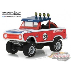 greenlight  1/64  - Running on Empty 5 1966 Ford Bronco GL-41050C Passion Diecast