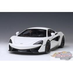 McLaren 570S, White/Black Wheels  Autoart Composite  1/18  AA-76041  Passion Diecast