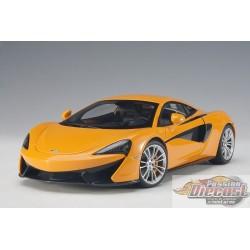 McLaren 570S, ORANGE WITH SILVER WHEELS  Autoart Composite  1/18  AA-76044  Passion Diecast