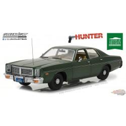 1/18 Greenlight 1-18 Artisan Collection 1977 Dodge Monaco Hunter 19045 PASSION DIECAST