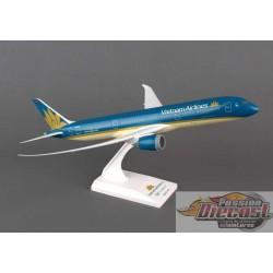 VIETNAM  BOEING  787-9  SKYMARKS 1/200 SKR828   Passion Diecast