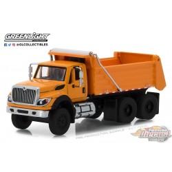 1:64 GreenLight     SD Trucks 5 - 2018 Intl WorkStar Construction Dump Truck GL-45050A PASSION DIECAST