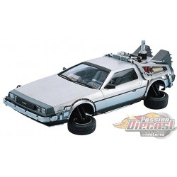 "De Lorean ""Retour vers le Futur2""   Welly 1/24 22499 Passion Diecast"