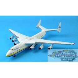 Antonov An-225 Mriya  Herpa 1/400 562287 Passion Diecast