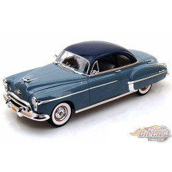 1/18   1950 Oldsmobile Rocket 88 Autoworld AWSS103 PAssion diecast