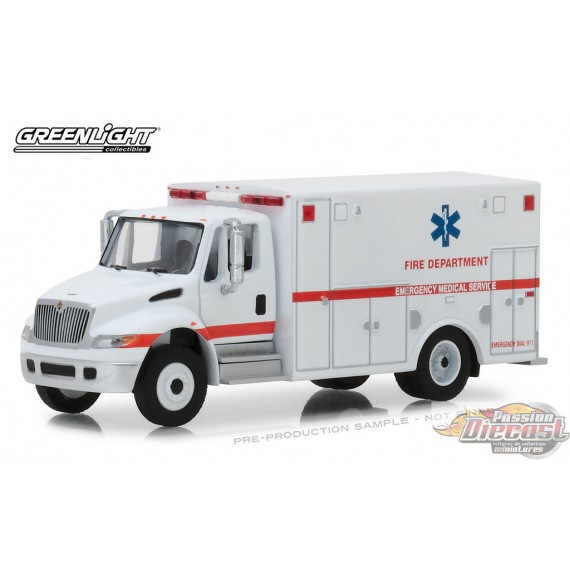 2013 International Durastar Ambulance  .D. Trucks Series 14- Greenlight  1/64 33140B Passion Diecast