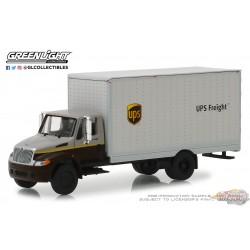 International Durastar  Box Van 2013 -  (UPS)   greenlight 33150B 1-64  Passion Diecast