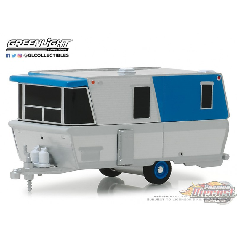 Greenlight 34060-F Hitched Homes Series 6 Shasta Airflyte White and Red with Awning 1:64 Scale