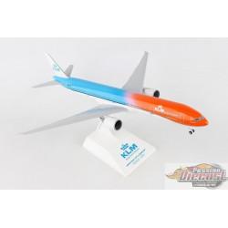 KLM Boeing 777-300ER Orange Pride  SKYMARKS 1/200 SKR972  Passion Diecast