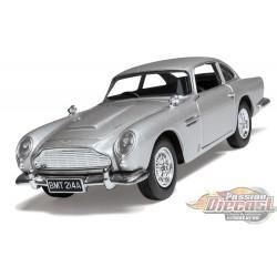 James Bond Aston Martin DB5  GoldenEye   Corgi 1/36 04311 Passion Diecast