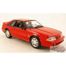 Ford Mustang Cobra 1993 en Rouge avec intérieur noir 1/18 GMP  18922 Passion Diecast