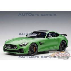 MERCEDES AMG GT-R  VERT MÉTALLISÉ MAT  1/18 AUTOART 76333 Passion Diecast