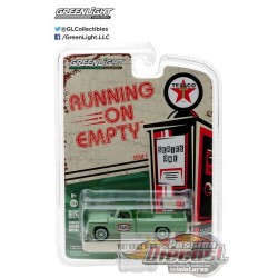 1967 Dodge D-100 Sweptside - Texaco  Gasoline  Running on Empty Series 1 Greenlight 1:64    41010 C  Passion Diecast