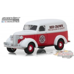 1939 Chevrolet Panel Truck - Red Crown Gasoline - Running on Empty 6 Greenlight 1/64  41060 E Passion Diecast