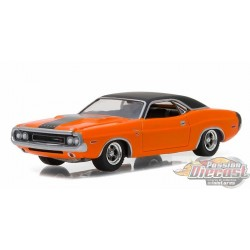 1970 Dodge Challenger R/T Orange  GL Muscle  17 Greenlight 1/64  13170 E  Passion Diecast