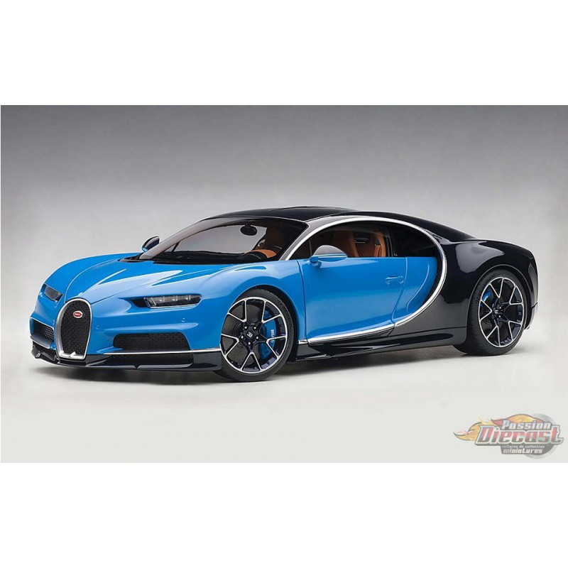 Bugatti Chiron: French Racing Blue / Atlantic Blue 1