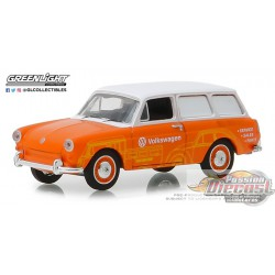 1966 Volkswagen Type 3 Panel Van - Volkswagen Sales and Service   Blue Collar  Series 5 Greenlight 35120 C  1/64  Passion Diecas