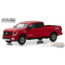 2018 Nissan Titan XD Pro-4X  Blue Collar  Series 5 Greenlight 35120 F  1/64  Passion Diecast