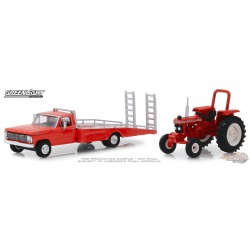 1969 Ford F-350 Ramp Truck with Unrestored 1985 Ford 5610 Tractor H.D. Trucks Series 16  1/64 Greenlight 33160 A