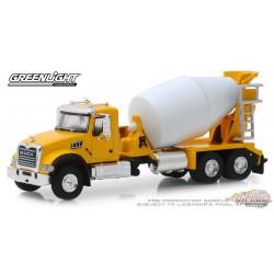 Mack Granite Cement Mixer 2019  Yellow  S.D. Trucks Series 7  Greenlight 45070 B  1/64  Passion Diecast