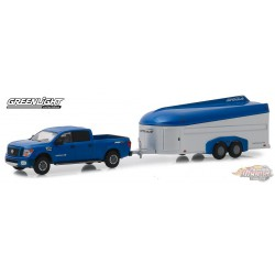 2018 Nissan Titan XD Pro-4X and Aerovault MKII Trailer  Hitch & Tow Series 17 Greenlight 32170 D  1-64 Passion Diecast